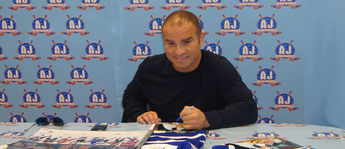 A.J. Sports Exclusive - Tie Domi