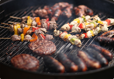 10% OFF REG.-PRICE BBQs & GRILLS