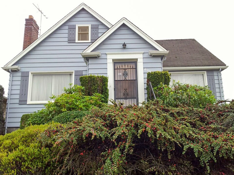 The Corner Cottage Journal: DIY Exterior Painting