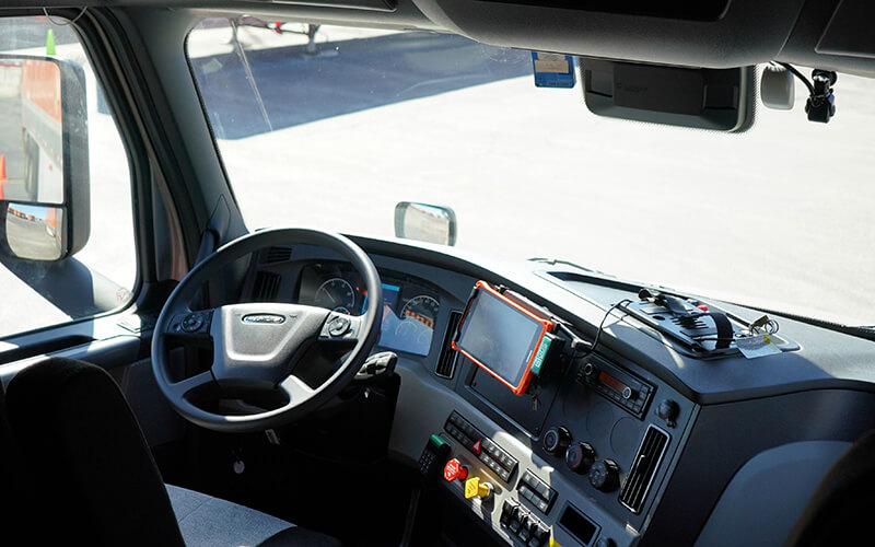 2020 Freightliner truck dash