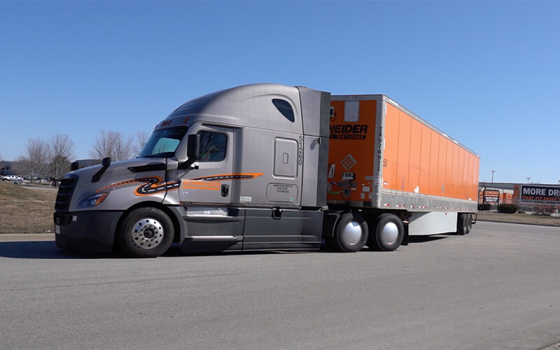 2021 Freightliner Cascadia truck with trailer