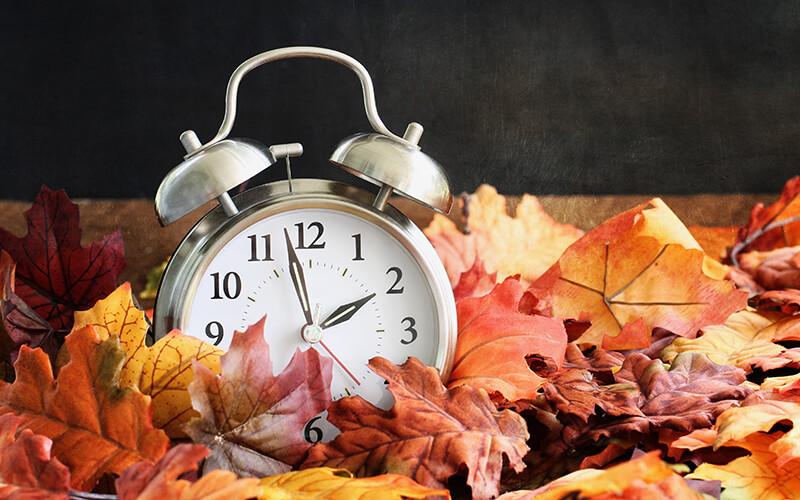 Daylight Saving Time Clock