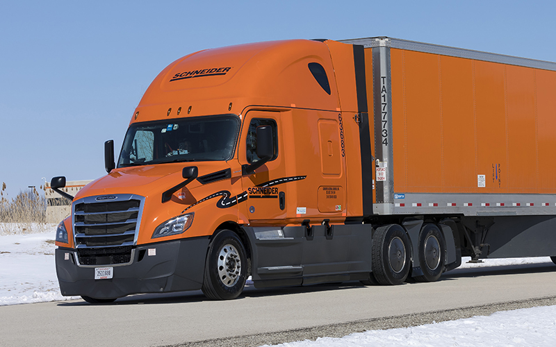 2018 Schneider trucks feature APUs, fridges, better mattresses