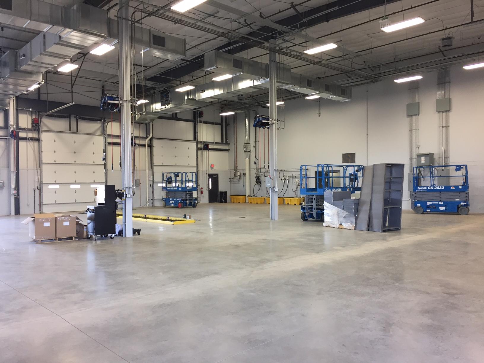 Schneider Phoenix Facility Maintenance Bays