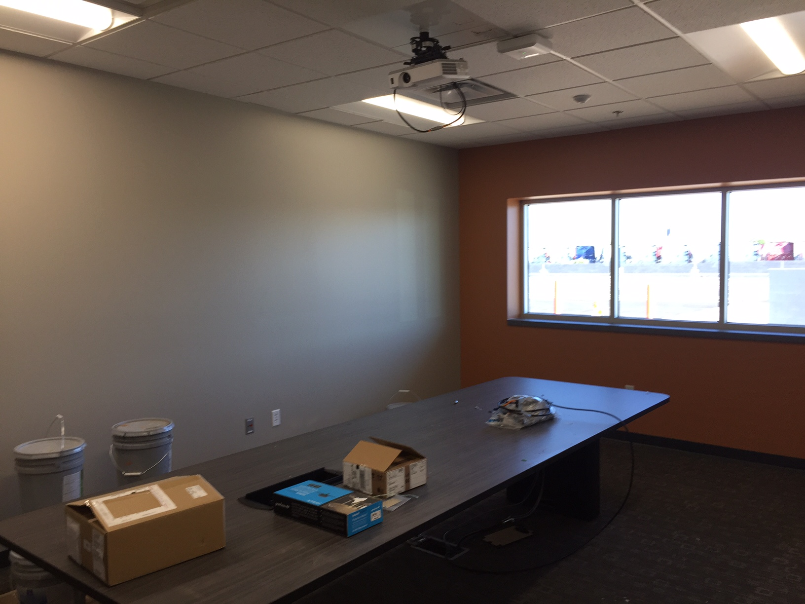 Schneider Phoenix Facility Meeting Room