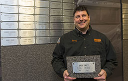 Schneider Driver Named  Dedicated Driver of the Year by Georgia - Pacific /KBX Logistics